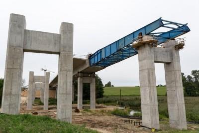 budowa z cementu